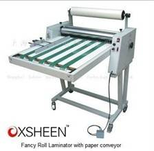 XH650FV laminator machine with paper conveyor