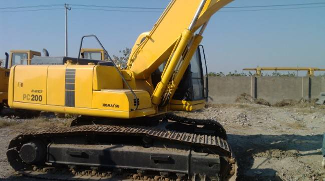 Used Komatsu pc200-6 crawler excavator in good condition for hot sale