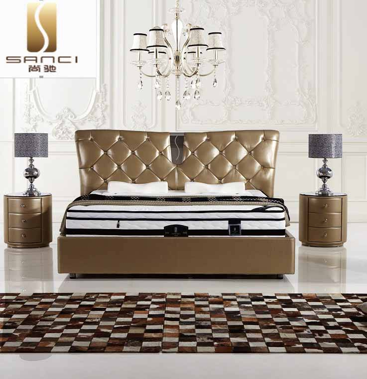 China Brand Leather Bed, Luxurious Bedroom Furniture Sets in Double and King Size