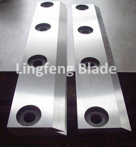 Granulator blade for plastic cutting