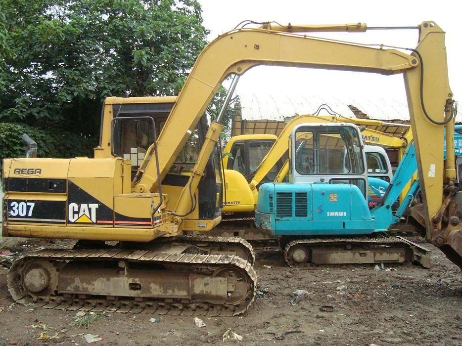 used CAT excavator 307