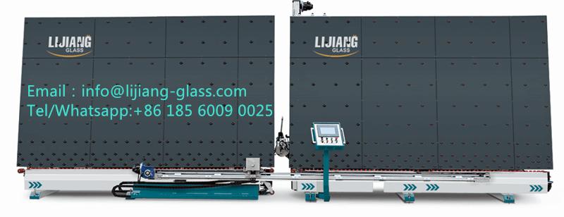 Hollow glass sealing robot