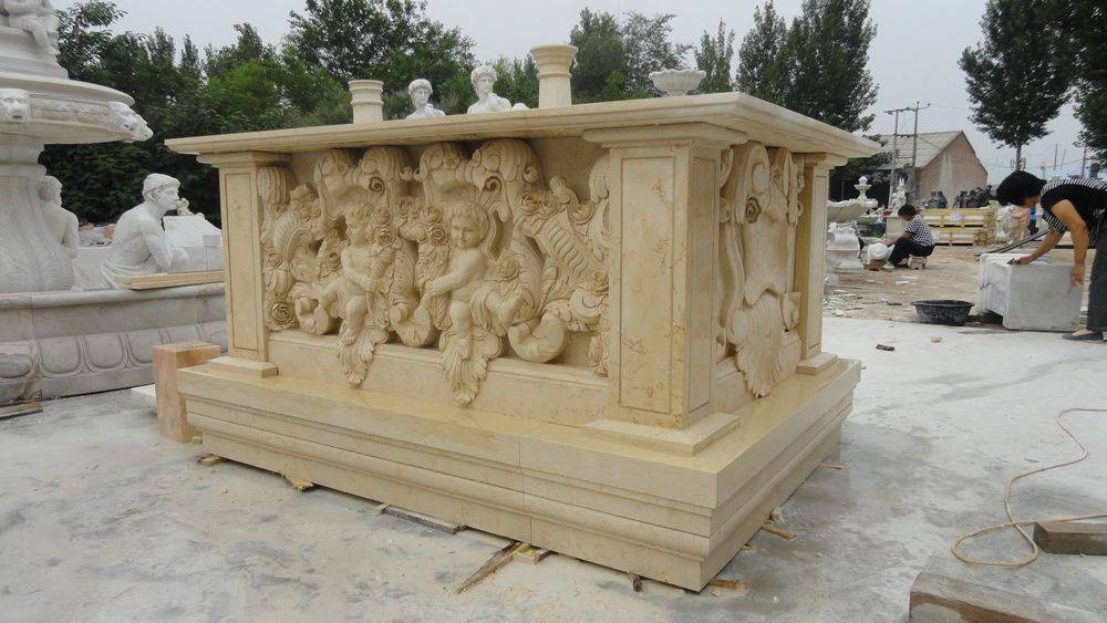 Marble carved table
