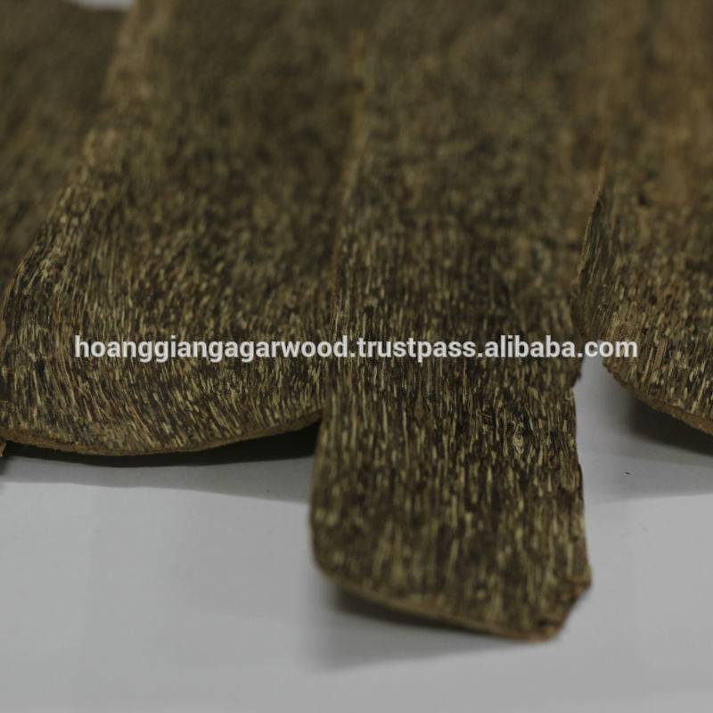 High quality Agar wood chips Grade A 1mm