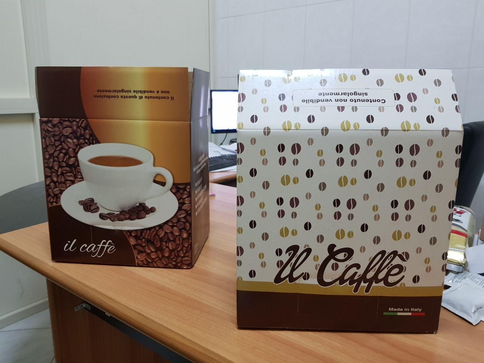 Arabica and Robusta coffee beans from ITALY