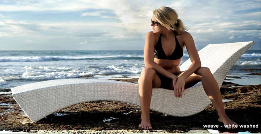wicker rattan outdoor beach lounge chair