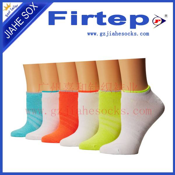 Custom Sport Socks Cotton Sports Socks China Factory