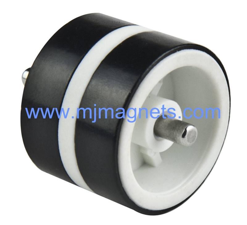 Plastic bonded neodymium magnet