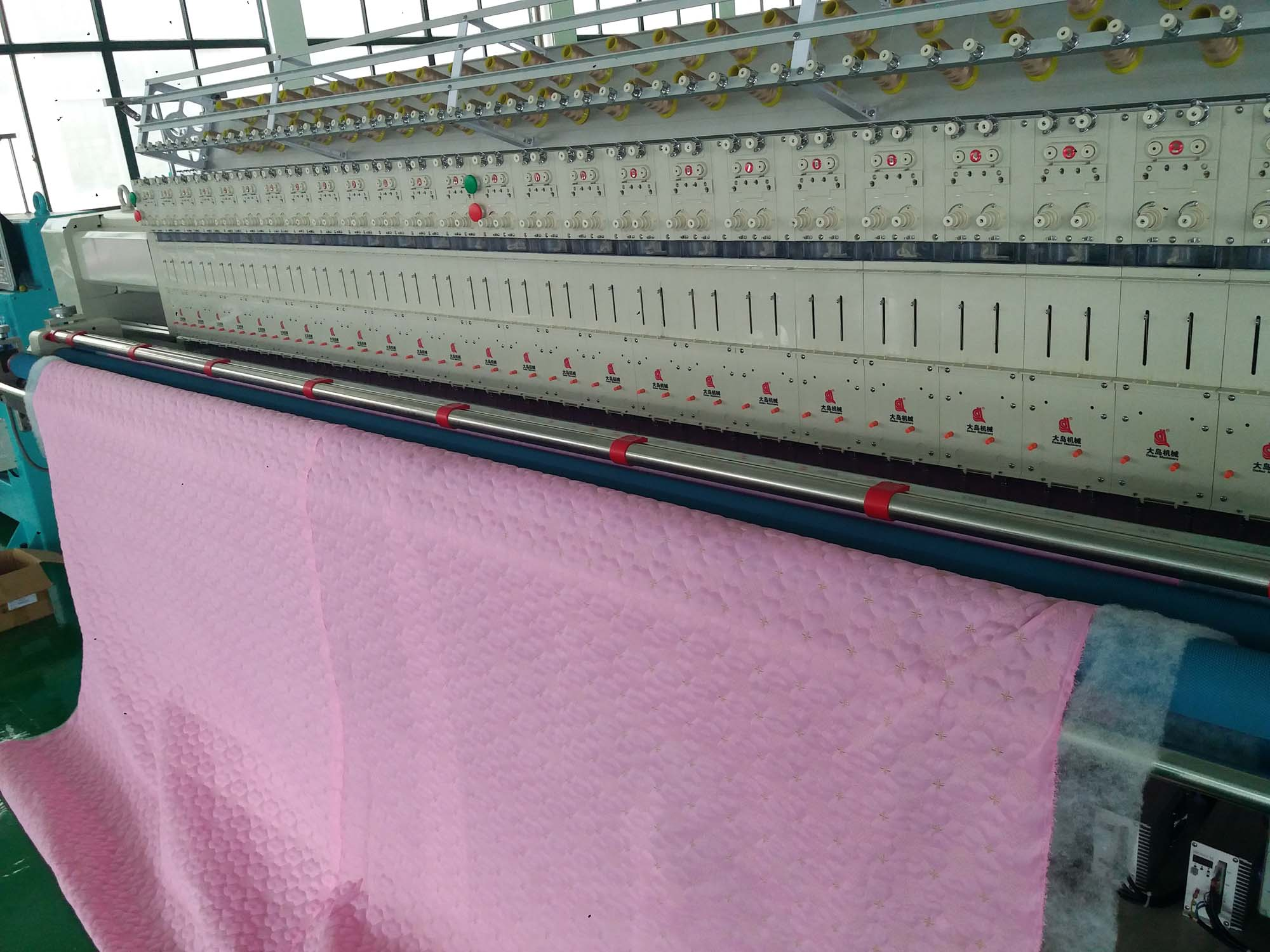 Quilting Embroidery machine for produce home textiles, apparel, mats, curtains...