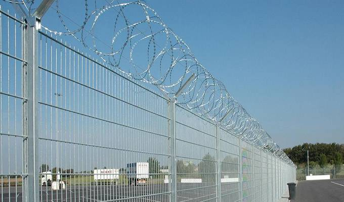 Anping Supplier High Quality Y Post Fence/ Airport Fence