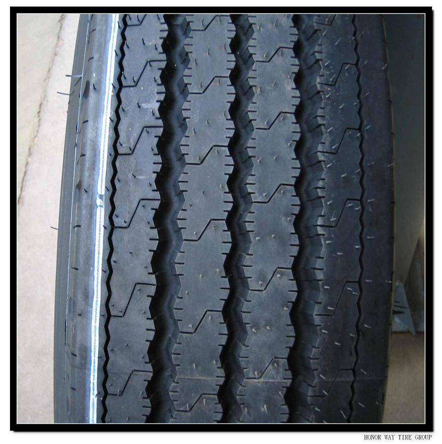 Radial Truck tire 215/75R17.5 235/75R17.5