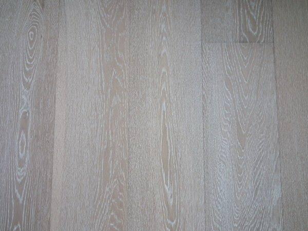 brushed+white wash oak engineered wood flooring