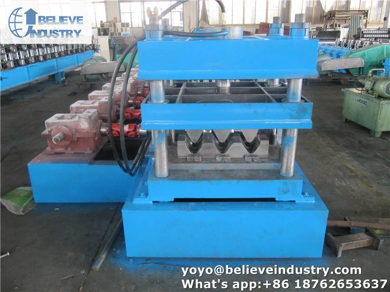 Sell 3 Wave Guardrail Roll Forming Machine