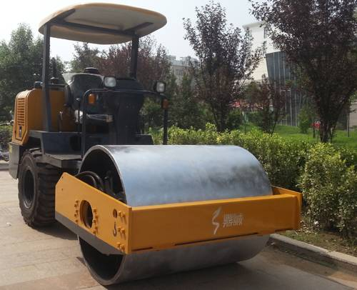 3.5T single drum seat-type vibratory road roller