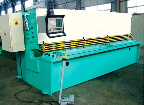 QC12YHydraulic swing cutting machine