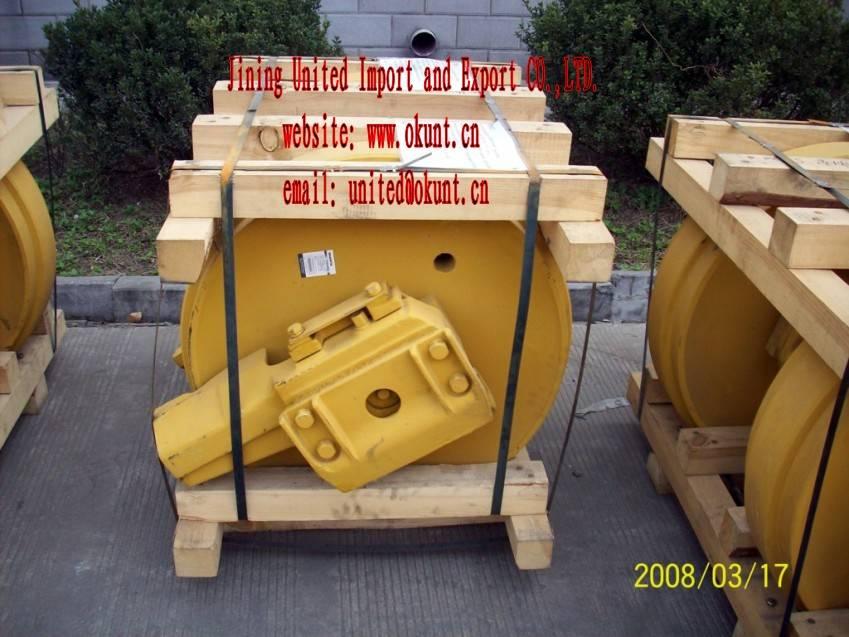 BULLDOZER IDLER FOR KOMATSU D60,D85,D155
