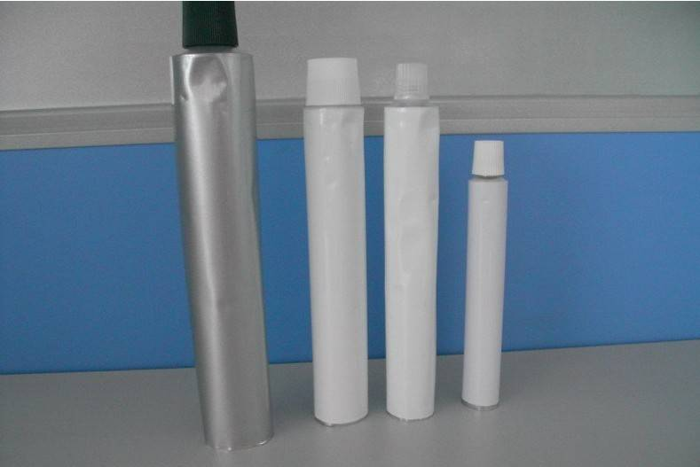 Collapsible aluminum tube