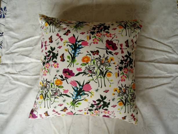 supply cushions .cotton cushions, printed cushions