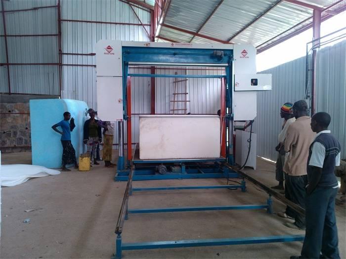 foam rubber cutting machine ,automatic sponge cutting machine