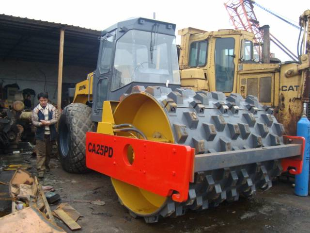 used dynapac road roller CA25PD