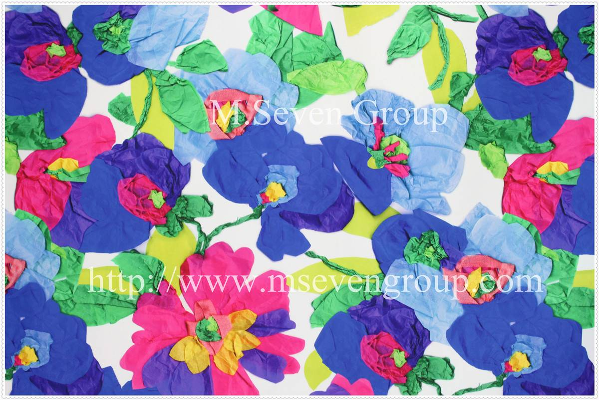 Knitted floral printed fabric for clothing