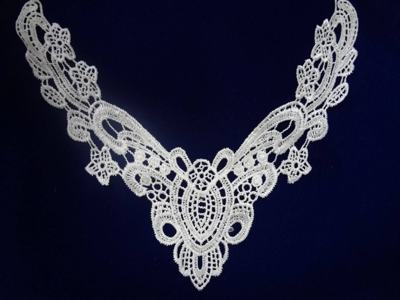 Fashion guipure lace