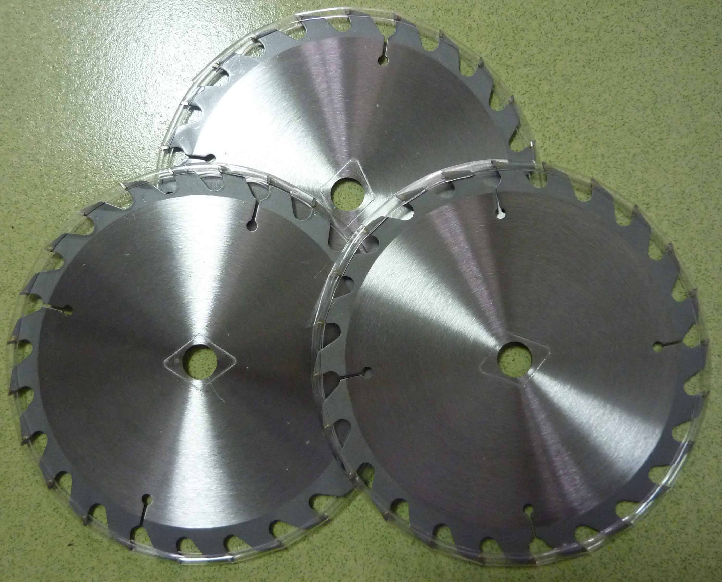 carbide tip saw blades carbide tipped circular saw blades