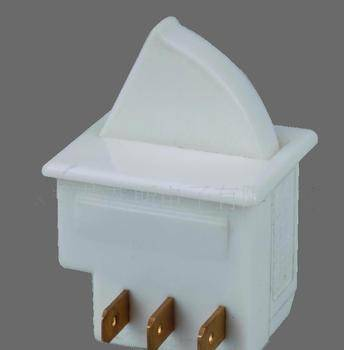 Door switch used for refrigerator