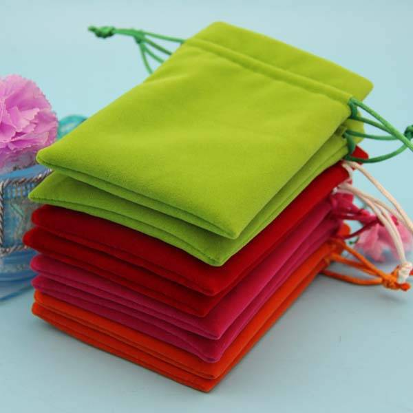 wholesale colorful velvet jewelry pouch