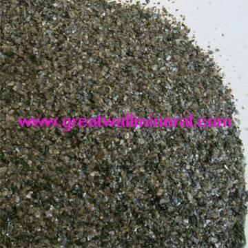 crude vermiculite powder
