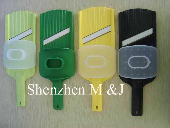Ceramic slicer