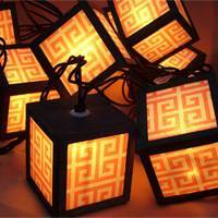 10 lights holiday lantern