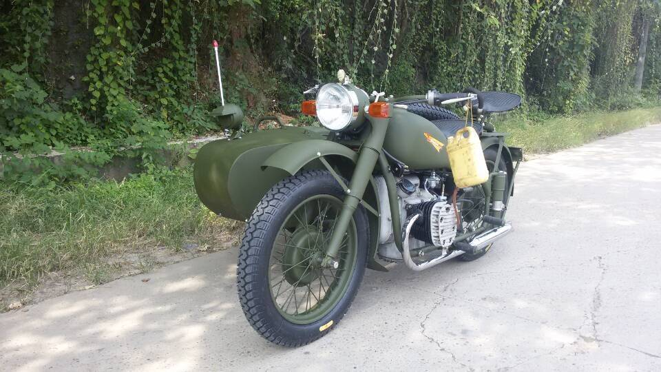 Green color sidecar with 750cc engine