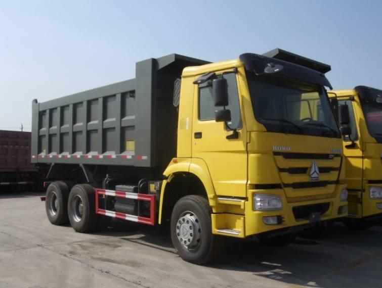 SINOTRUK HOWO 6x4 dump truck RHD