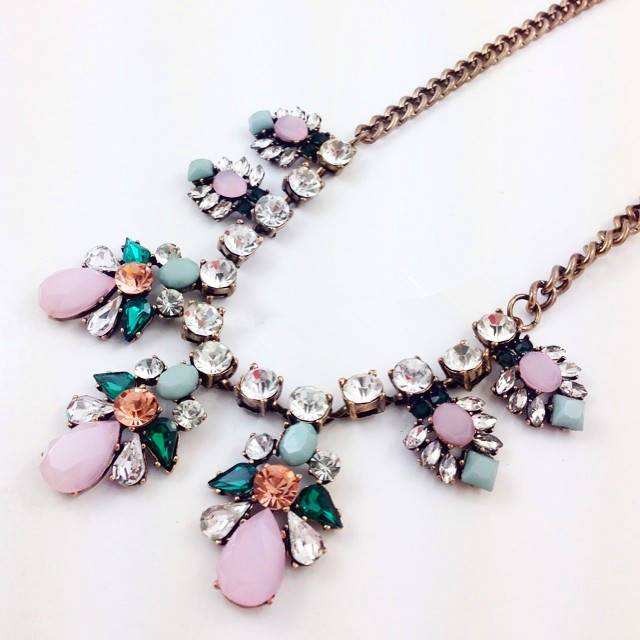 2014 CARDS fashion in Europe and America famous brand color gem bib necklace