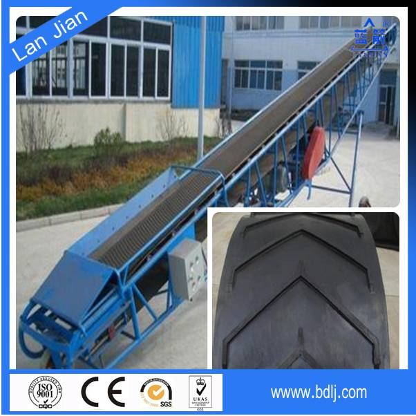 China Factory Price ISO Certified NN/EP/CC Fabric Cleated Chevron Portable Pattern Incline Conveyor