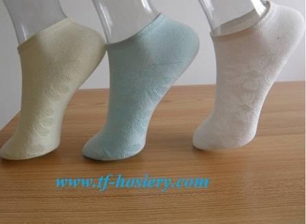 NEW girl's crew socks