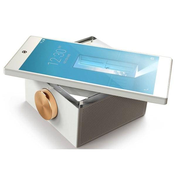Smartphone Pantech IM 100