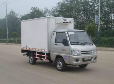 FOTON refrigerated minibus