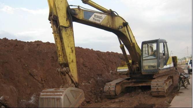 Used kobelco sk220 excavator