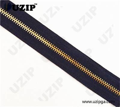 metal zipper gold teeth