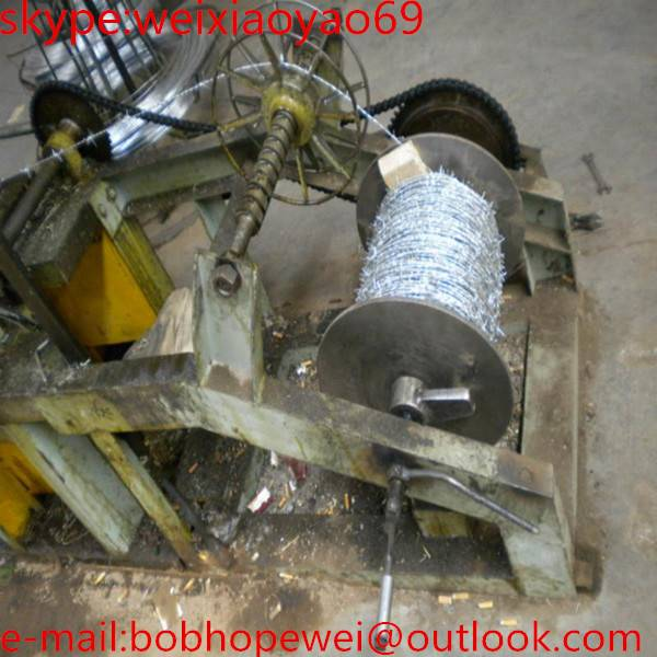 Factory price Galvanized/PVC coated razor barbed wire manufacturer (20 years factory)