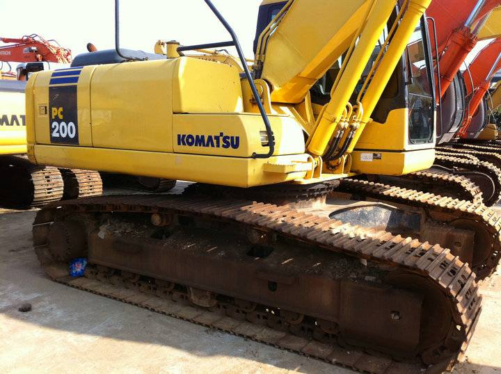 Used Komatsu 200-7 best price you can imagine