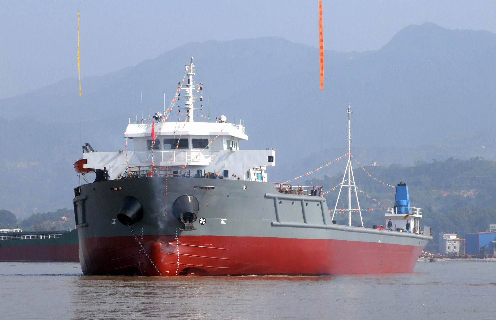 Offer 6000 Ton Deck Propelled barge