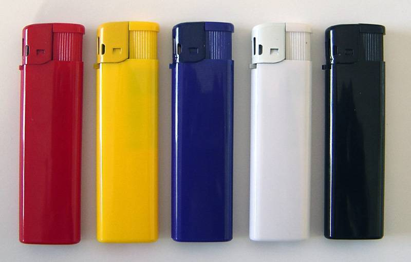 Supply of lighters 901