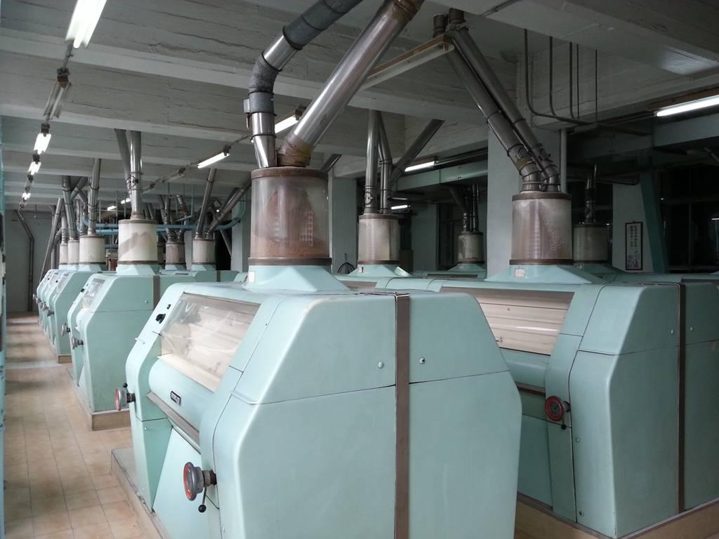 Used Buhler milling machine