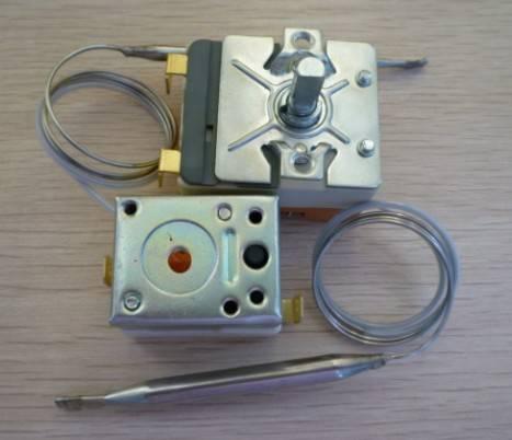 Refrigerator capillary thermostat