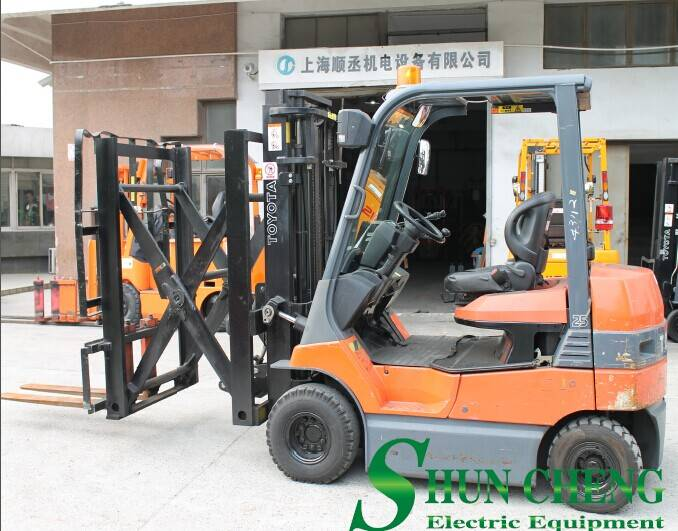 Toyota 2.5t Electric Forklift