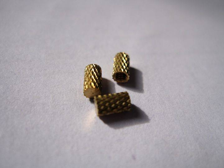 Brass inserts blind end brass inserts mold-in inserts from Shenzhen OEM factory