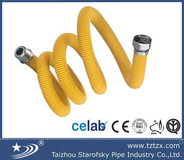 Extensible gas hose with yellow PE cover